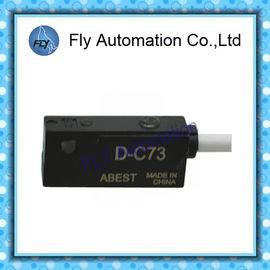 China Los cilindros neumáticos del aire de SMC D-C73 D-C76 CDJ2/MGC/RSDG parte el interruptor magnético del interruptor del sensor del interruptor de láminas distribuidor