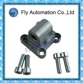 China Cilindros estándar del Solo-oído ISO 15552 Festo DNC del reborde del eslabón giratorio CA32 174383 SNC-32 accesorios distribuidor